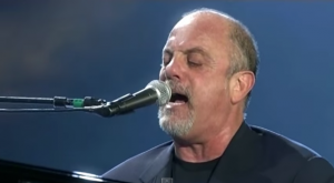 """Billy Joel Rocks The Tokyo Dome With """"I Go To Extremes"""" Live"""