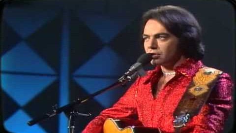 "A Memorable ""Longfellow Serenade"" Live Performance By Neil Diamond 