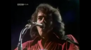 """Powerful Rendition Of """"Holly Holy"""" By Neil Diamond Live"""