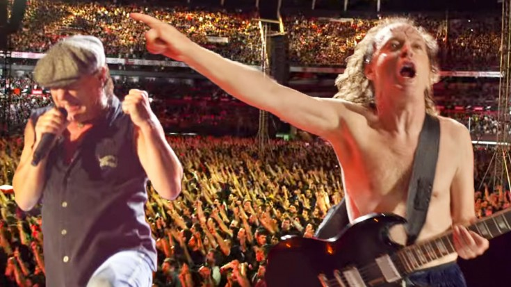 AC/DC ROCKS T.N.T. Live at the River Plate 2009 | Society Of Rock Videos
