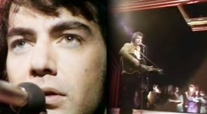 "Neil Diamond Plays ""Cracklin' Rosie"" LIVE- Greatest Hits"