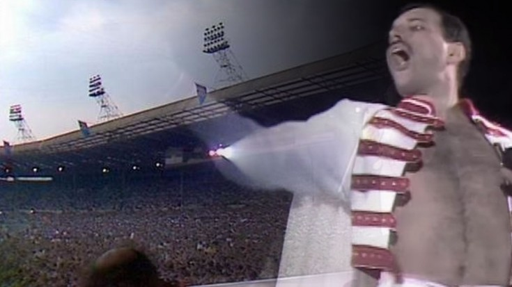 "Queen – ""We Will Rock You"" Live at Wembley Stadium HD 