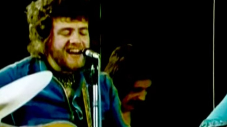Stealers Wheel – 'Stuck In The Middle With You' | Society Of Rock Videos