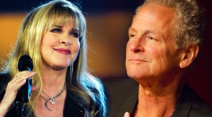 Fleetwood Mac's Stevie and Lindsey Serenade Each Other With 'Say Goodbye'