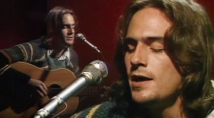 """James Taylor Responds To Devastating News With Stunning """"Fire And Rain"""" Performance"""