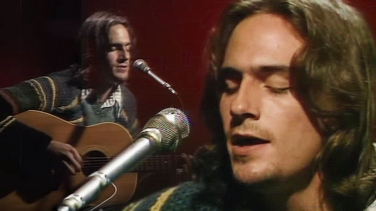 """James Taylor Responds To Devastating News With Stunning """"Fire And Rain"""" Performance   Society Of Rock Videos"""
