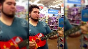 Walmart Shopper Picks Up Toy Guitar – What Happened Next Made Him An Overnight Celebrity