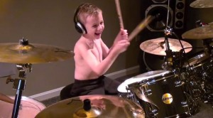 """6-Year-Old Guns N' Roses Fan Jams High-Octane Classic """"Welcome To The Jungle"""""""