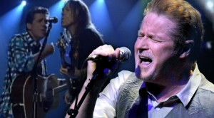 """Watch As Veteran Rockers The Eagles Dazzle With Emotionally Charged """"Desperado"""""""