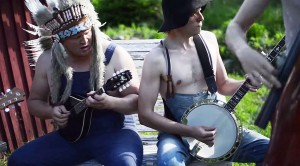 """This Bluegrass Band Covers Iron Maiden's """"The Trooper"""", And It's Actually Pretty Awesome"""