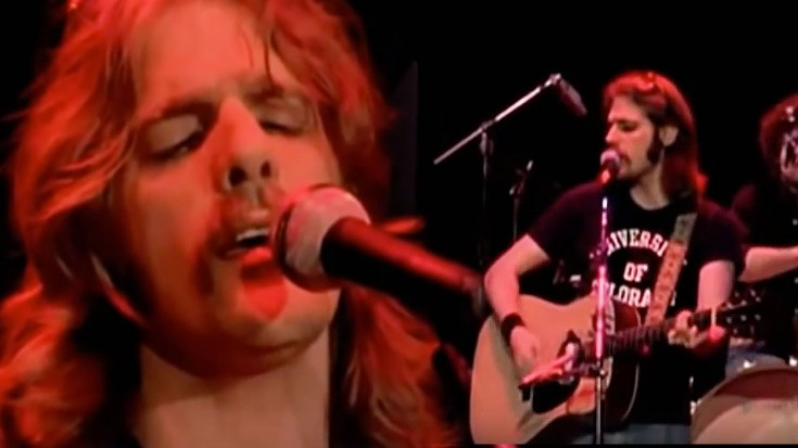"""You Will Be In Awe Of This Grammy Winning Performance of The Eagles 1977 """"Lyin' Eyes"""" LIVE 