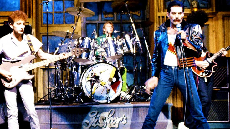 """Queen Mark Their First And Last Appearance On SNL With, """"Crazy Little Thing Called Love"""" 