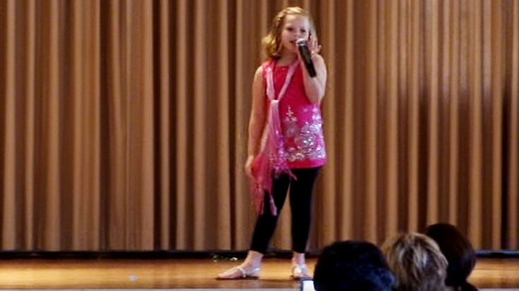 """Sassy Second Grader Rocks School Talent Show With Journey's """"Don't Stop Believin'"""" 