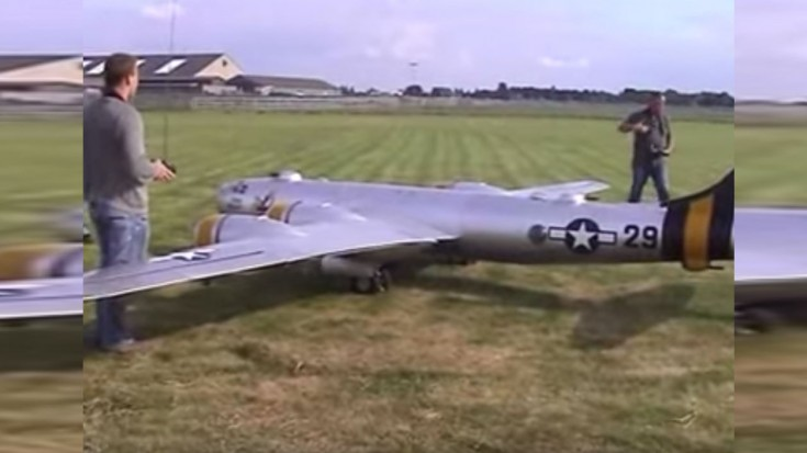See The World S Largest Model Rc Plane The B 29