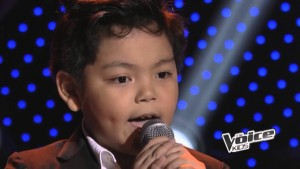 "Little Kid Blows Judges Away With ""Don't Stop Believing"""