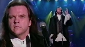 """Meat Loaf Brings The Passion With Unforgettable """"I Would Do Anything For Love"""" Live On Stage"""