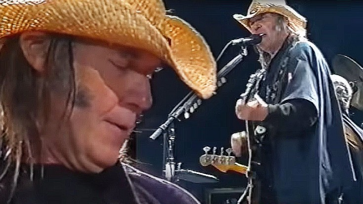 """Neil Young Salutes Bob Dylan, Jimi Hendrix With """"All Along"""