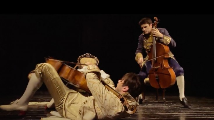 "2 Cellists Play ""Thunderstruck"" And Steal The Show- You're Not Ready"