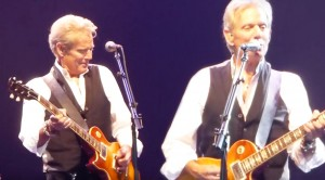 "With These Vocals, Don Felder STUNS Audience With Amazing ""Witchy Woman"" Performance"