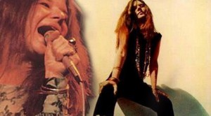 "Janis Joplin Plays ""Hesitation Blues"" With Bizarre Instrument- And It's Genius"