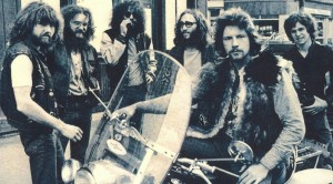"""45 Years Later, King Harvest's Ultra Dreamy """"Dancing In The Moonlight"""" Still Makes Us Smile"""
