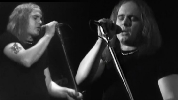 """Ronnie Is ELECTRIC In 1975 """"Gimme Three Steps"""" Performance   Society Of Rock Videos"""