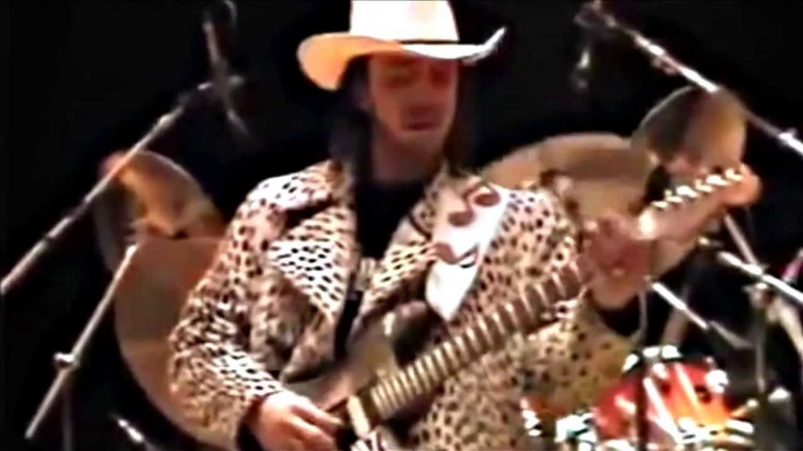 Just Stevie Ray Vaughan's Soundcheck Will Blow Your Mind! | Society Of Rock Videos