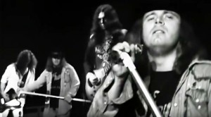 "Lynyrd Skynyrd Rocks 1976 Winterland With ""Cry For The Bad Man"""
