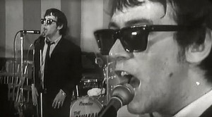 """The Animals' Eric Burdon Is The King Of Cool In """"We Gotta Get Out Of This Place"""" Performance"""