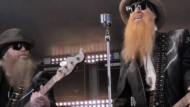 """Billy Gibbons Proves He's Still Got It With Awesome """"I Gotsta Get Paid"""" 