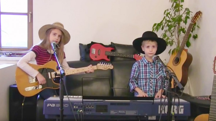 """This Brother And Sister's Cover Of CCR's """"Cotton Fields"""" Will Make Your Day! 