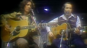 "Paul Simon Takes SNL By Storm With Unforgettable George Harrison Duet, ""Homeward Bound"""