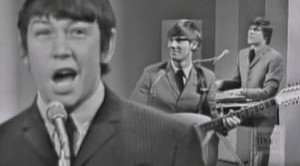 """The Animals Perform """"Don't Let Me Be Misunderstood,"""" And Eric Burdon Steals The Show"""