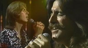 "Three Dog Night Bring The Crowd To Its Feet With ""Joy To The World, And It's Pure Joy"