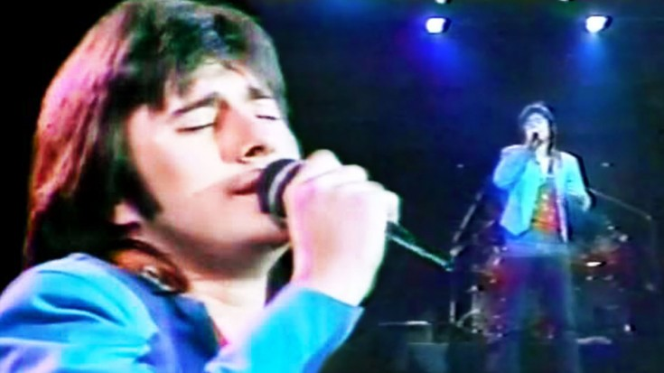 "Steve Perry's BEST ""Send Her My Love"" Performance Will Give You Chills 