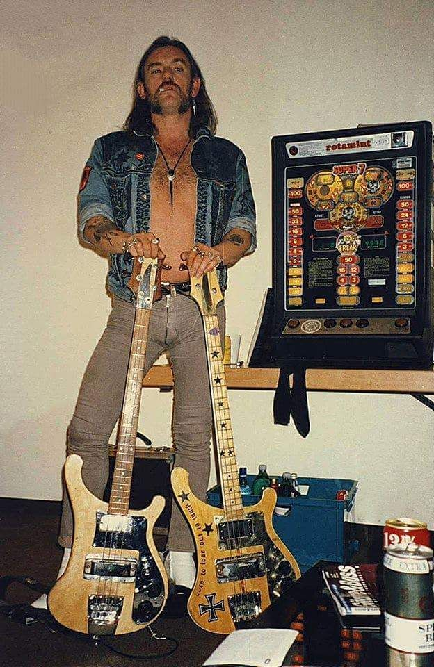 Tus fotos favoritas de los dioses del rock, o algo - Página 2 1