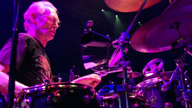 """Cream Reunite In 2005, And Ginger Baker Absolutely Crushes """"Toad""""   Society Of Rock Videos"""