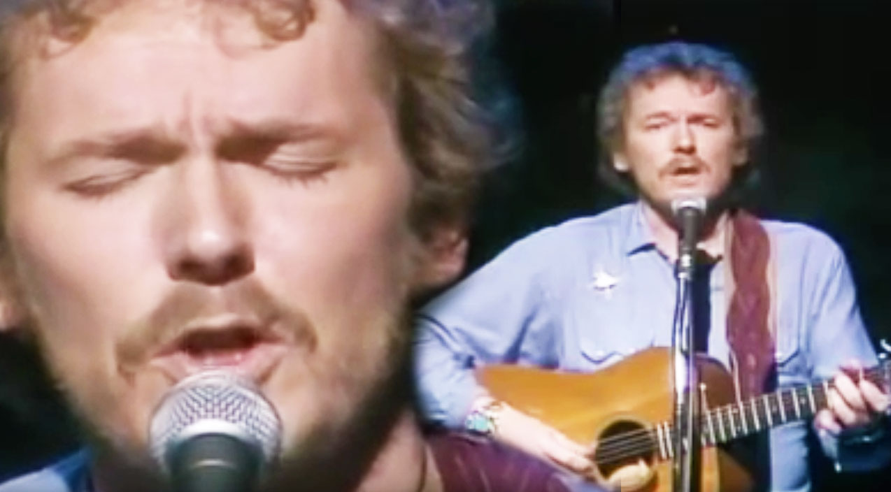 "Gordon Lightfoot's '74 ""If You Could Read My Mind"" Performance Will Break  Your Heart 