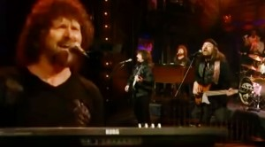 """Vanilla Fudge's 2011 """"You Keep Me Hangin' On"""" Set Proves They Are Even Better"""