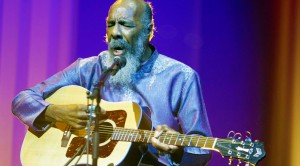 """Freedom"" Rings With Richie Havens' Stunning 2008 Performance"