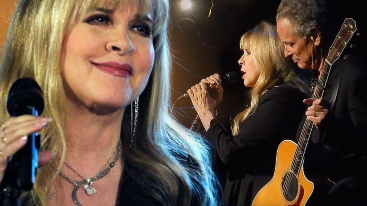 """Stevie Nicks + Lindsey Buckingham Perform """"Landslide,"""" And"""