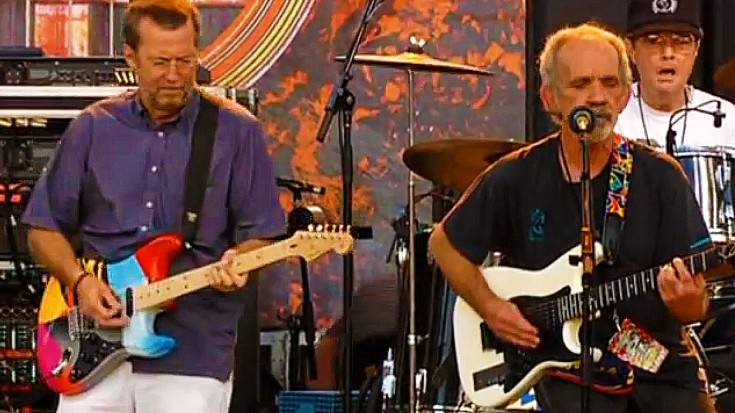 """Caught On Camera: JJ Cale Unites With Eric Clapton For Amazing """"After Midnight"""" Duet 