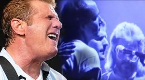"""Glenn Frey Delivers Emotional """"Desperado"""" With Little River Band, 1988"""