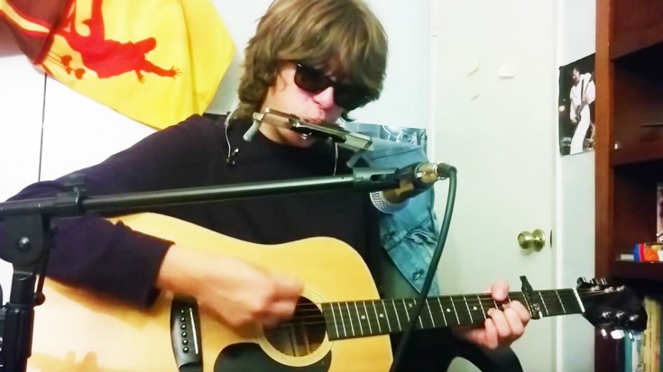 """He WOWs With """"Mr. Tambourine Man"""" Cover That Will Make Your Day 
