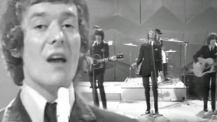 """The Hollies Perform """"Carrie Anne"""" Classic On BBC Four, 1969 