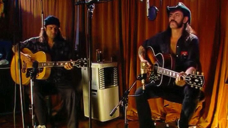 """If You Haven't Heard Lemmy Kilmister's Acoustic Spin On """"Ace Of Spades,"""" You're Missin' Out 