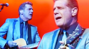 "Glenn Frey Performs 2012 ""Tequila Sunrise"" That Will Leave You In Tears"