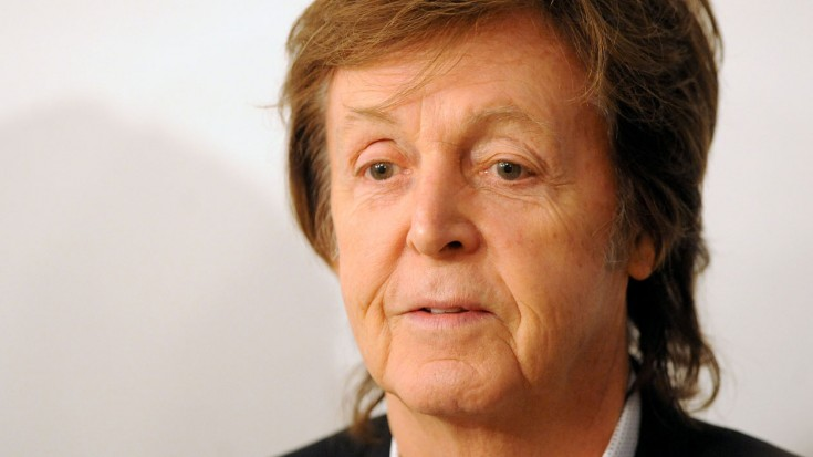 Paul McCartney Posts Mysterious 5-Second Clip – What Is He DOING?! | Society Of Rock Videos