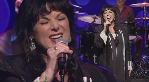 """Ann Wilson's Bluesy, Soulful Take On Buffalo Springfield's """"For What It's Worth"""" Is Out Of This World"""