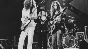 """Lynyrd Skynyrd Go Off The Rails For """"Railroad Song,"""" And It's A Good Time From Start To Finish"""